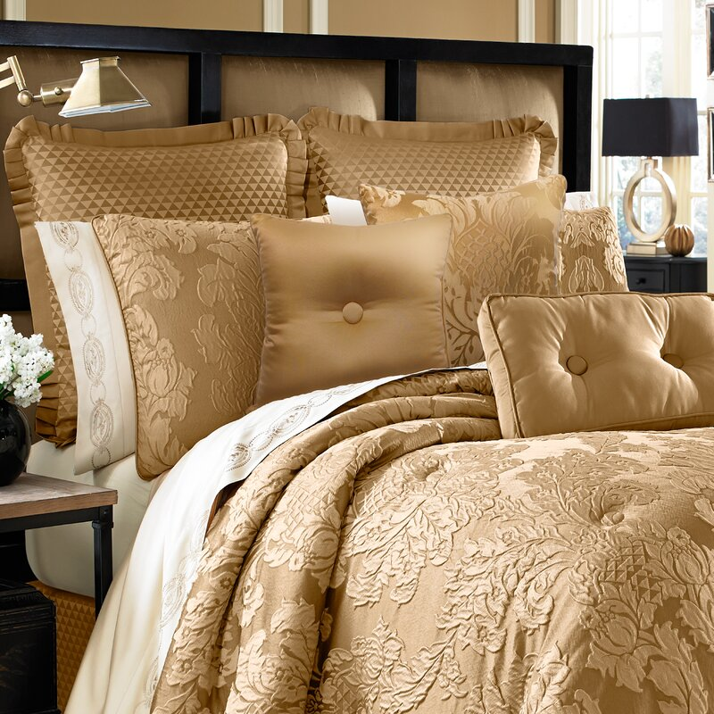 Five Queens Court Colonial 4 Piece Comforter Set U0026 Reviews | Wayfair