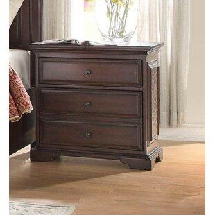 Munford Wooden 3 Drawer Nightstand by Astoria Grand