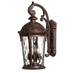 Budget Windsor 3-Light LED Outdoor Wall Lantern By Hinkley Lighting