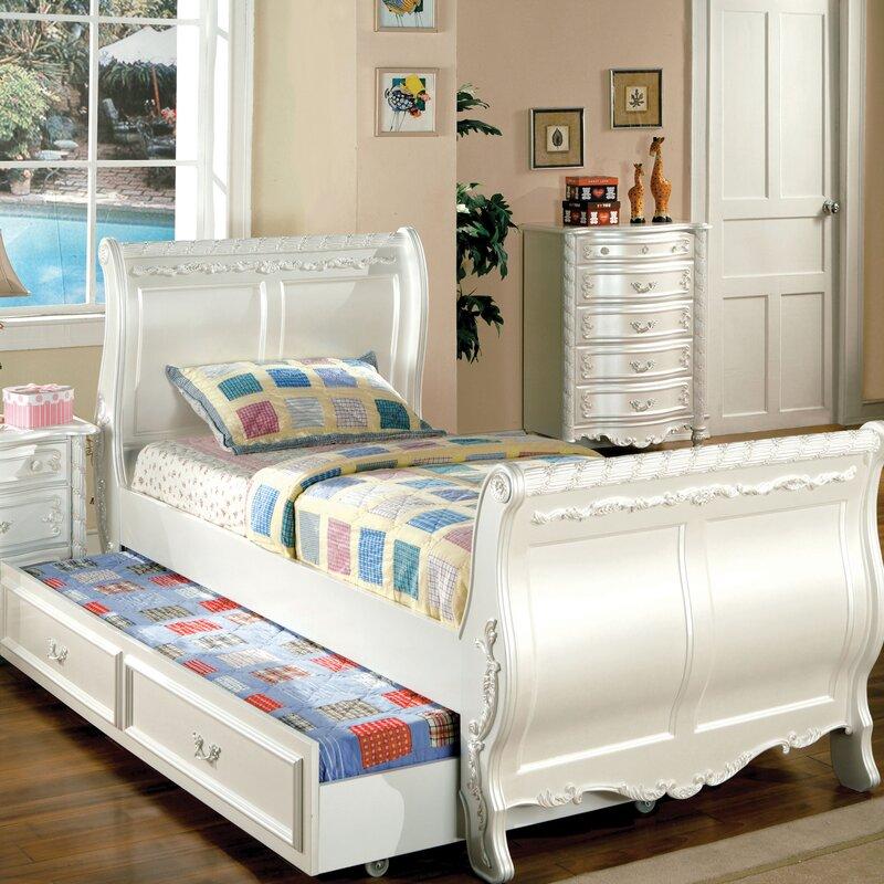 Victoria Sleigh Configurable Bedroom Set
