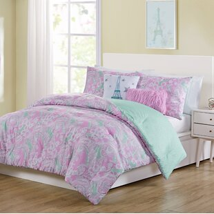 Carnaghliss Reversible Comforter Set