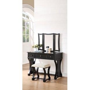Alcott Hill Yoselin Vanity Set with Mirror