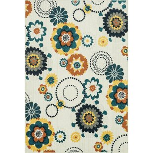 Winifred Ivory/Green Indoor/Outdoor Area Rug