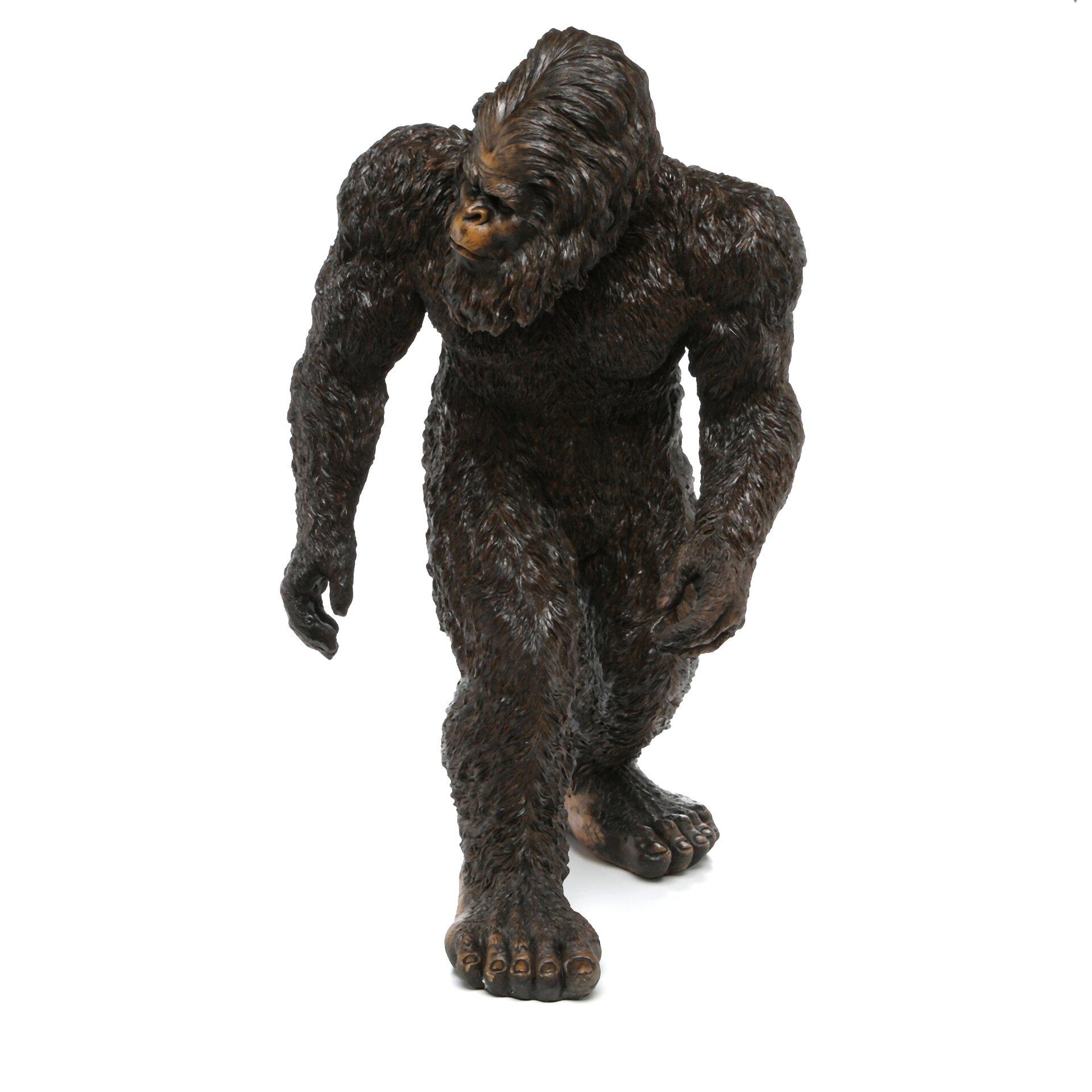 Design Toscano Bigfoot The Garden Yeti Statue & Reviews | Wayfair