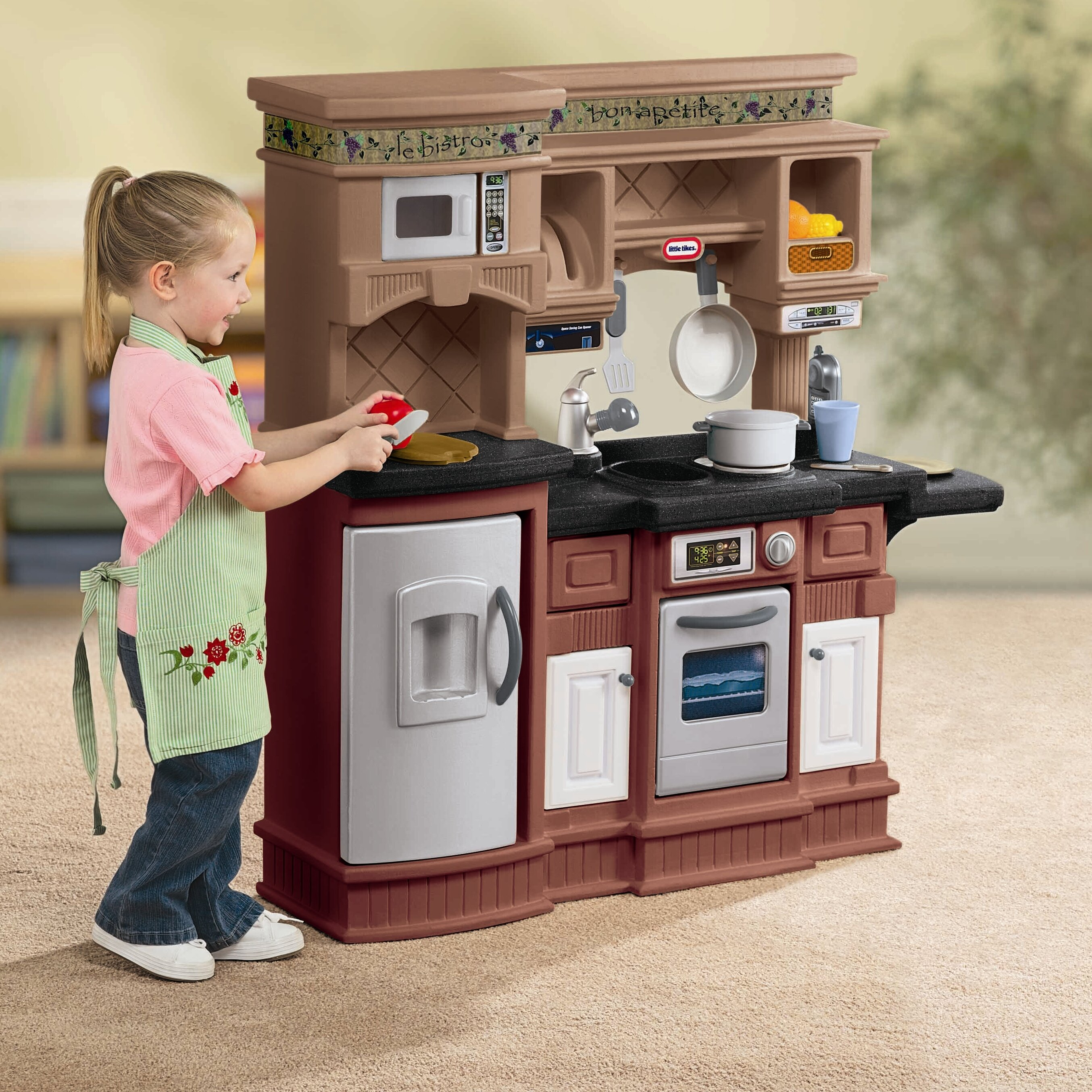 The Little Tikes Kitchen Set