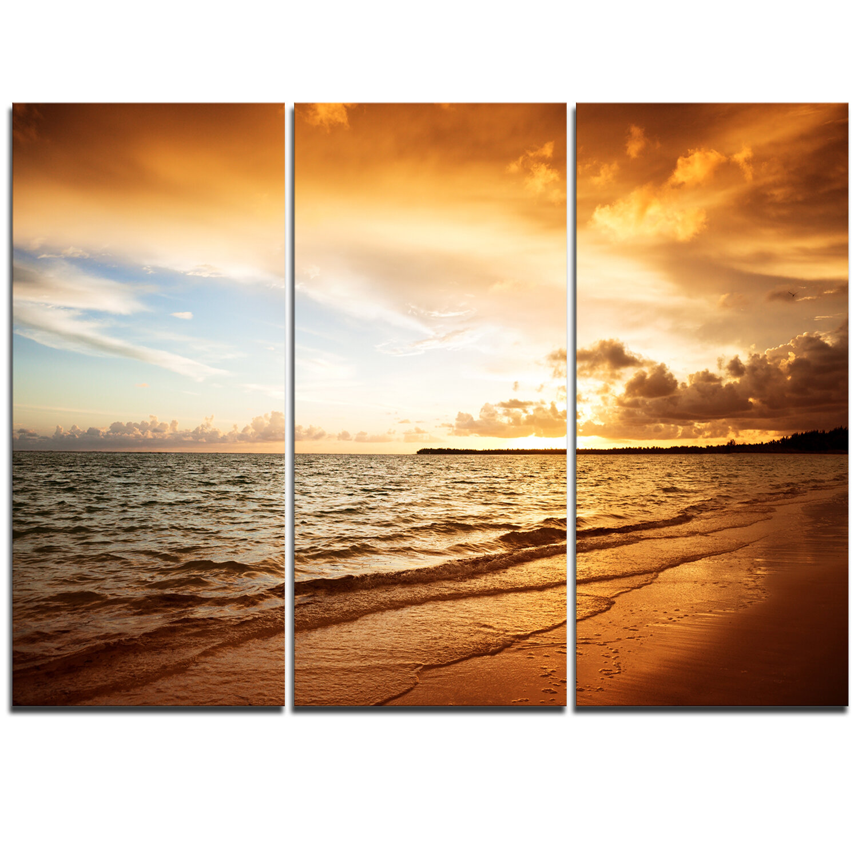 Designart Amazing Sunrise At Atlantic Ocean 3 Piece Graphic Art On Wrapped Canvas Set Wayfair
