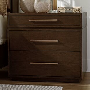 Zavala Aurora 3 Drawer Bachelor's Chest