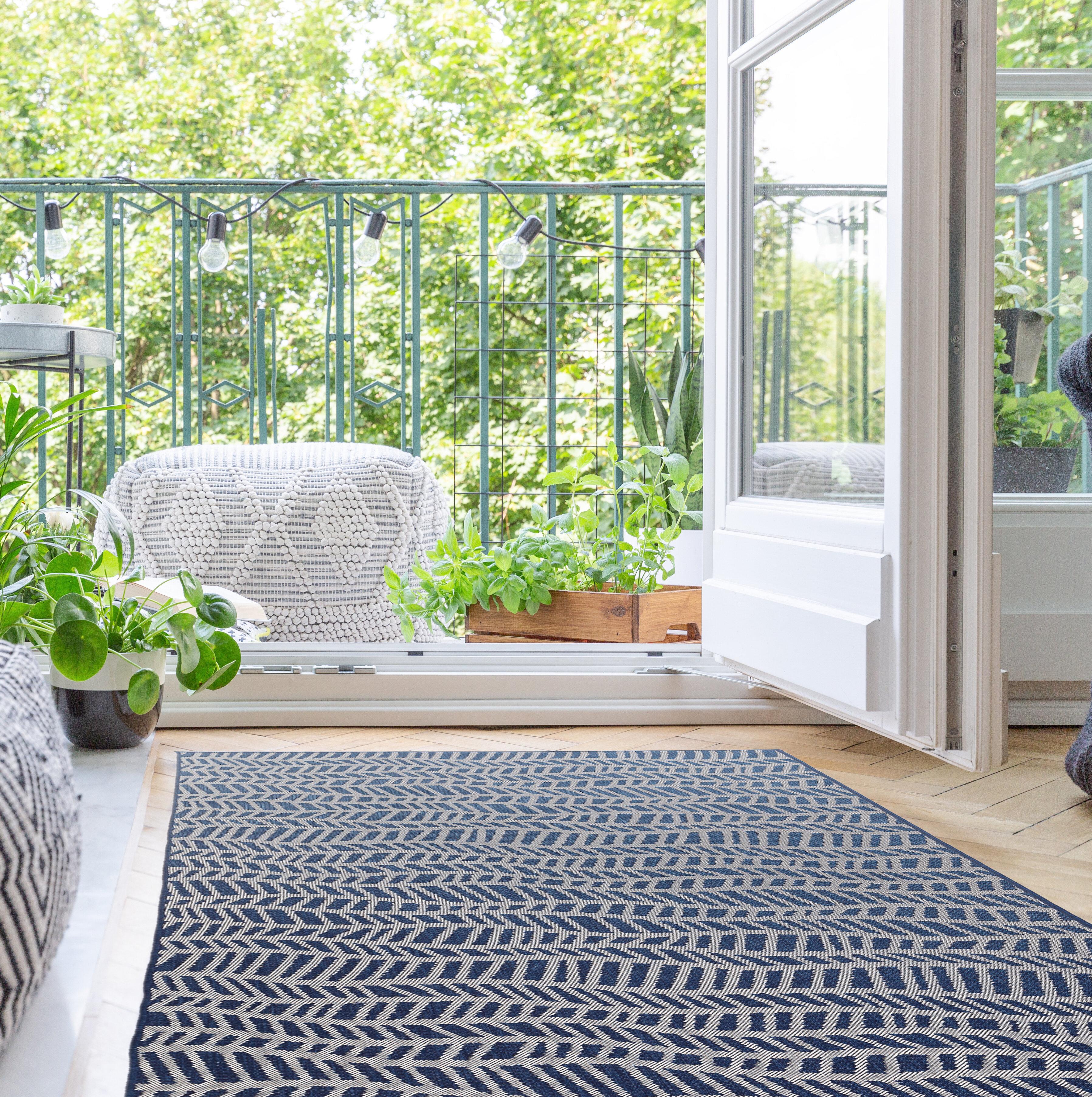 Wrought Studio Deramus Wave Navy Blue Indoor Outdoor Area Rug Reviews Wayfair