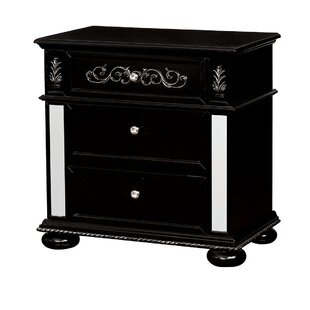Esquivel 3 Drawer Nightstand by Rosdorf Park