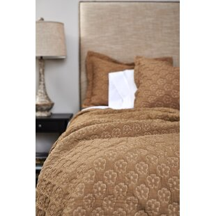 Amity Home Amalie Quilt