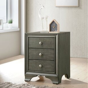 Hedman Wooden 3 Drawer Nightstand by Red Barrel Studio