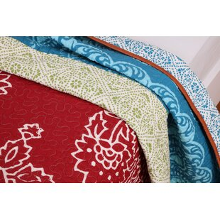 Kianna Cotton Reversible Quilt Set