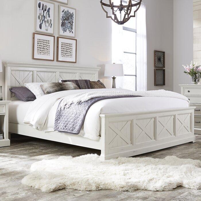 Moravia Standard Solid Wood 4 Piece Bedroom Set