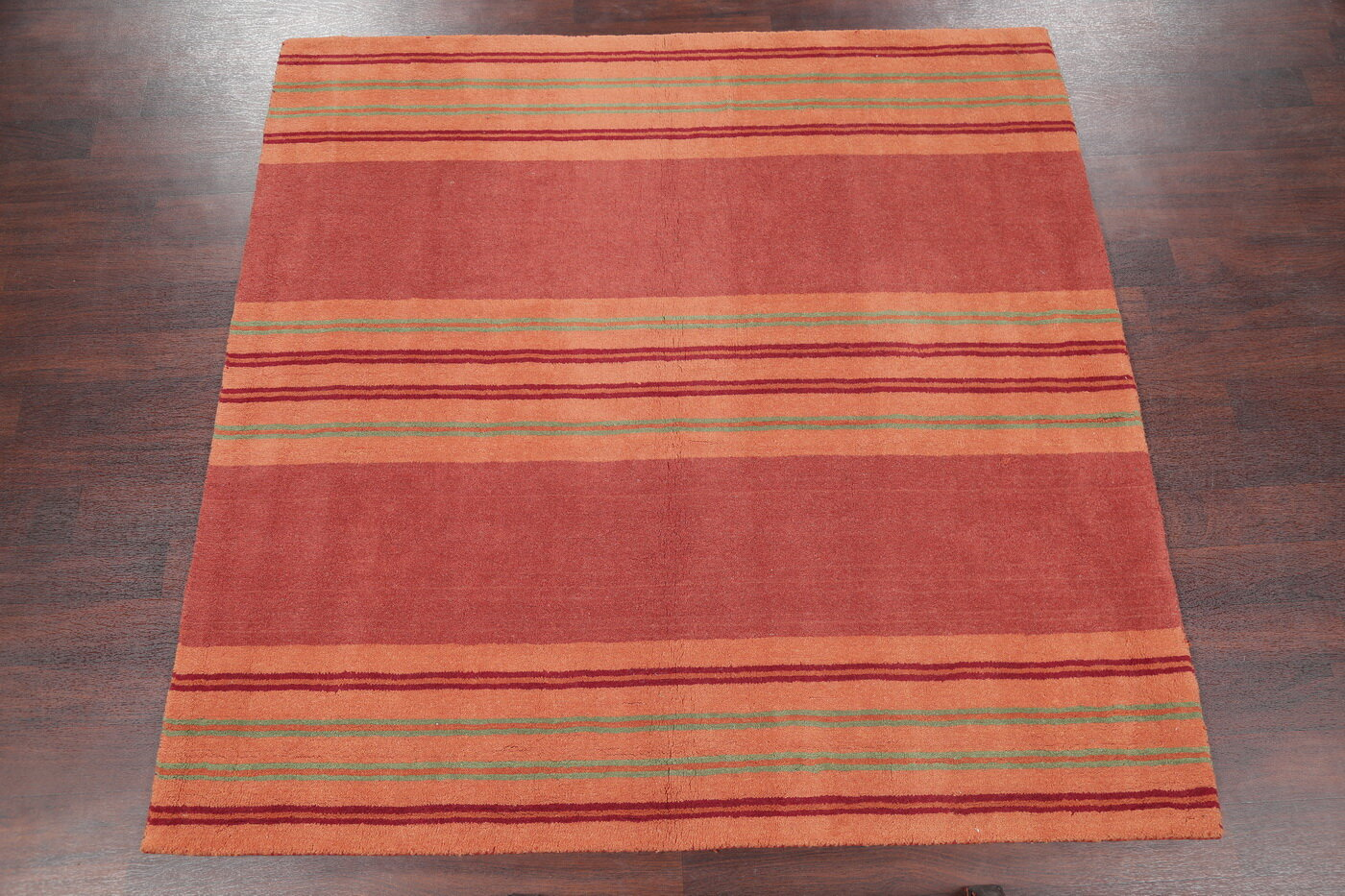 Isabelline Ridgley Indian Hand Tufted 6 5 X 6 5 Wool Red