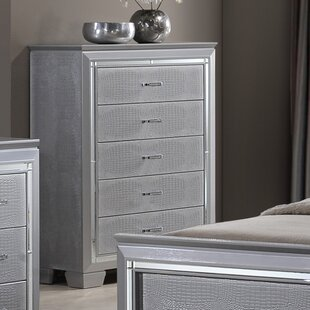 5 Drawer Chest by Best Quality Furniture