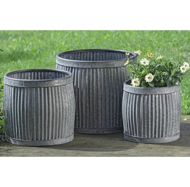 Galvanized Metal Planters: Gracie Oaks Armanno French Country 3-Piece Galvanized
