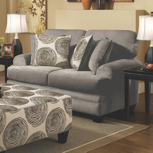 Leesburg Loveseat by Alcott Hill