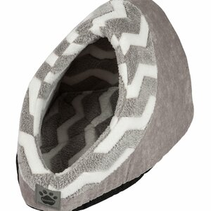Snoozzy Hip as a Zig Zag Hide and Seek Bed