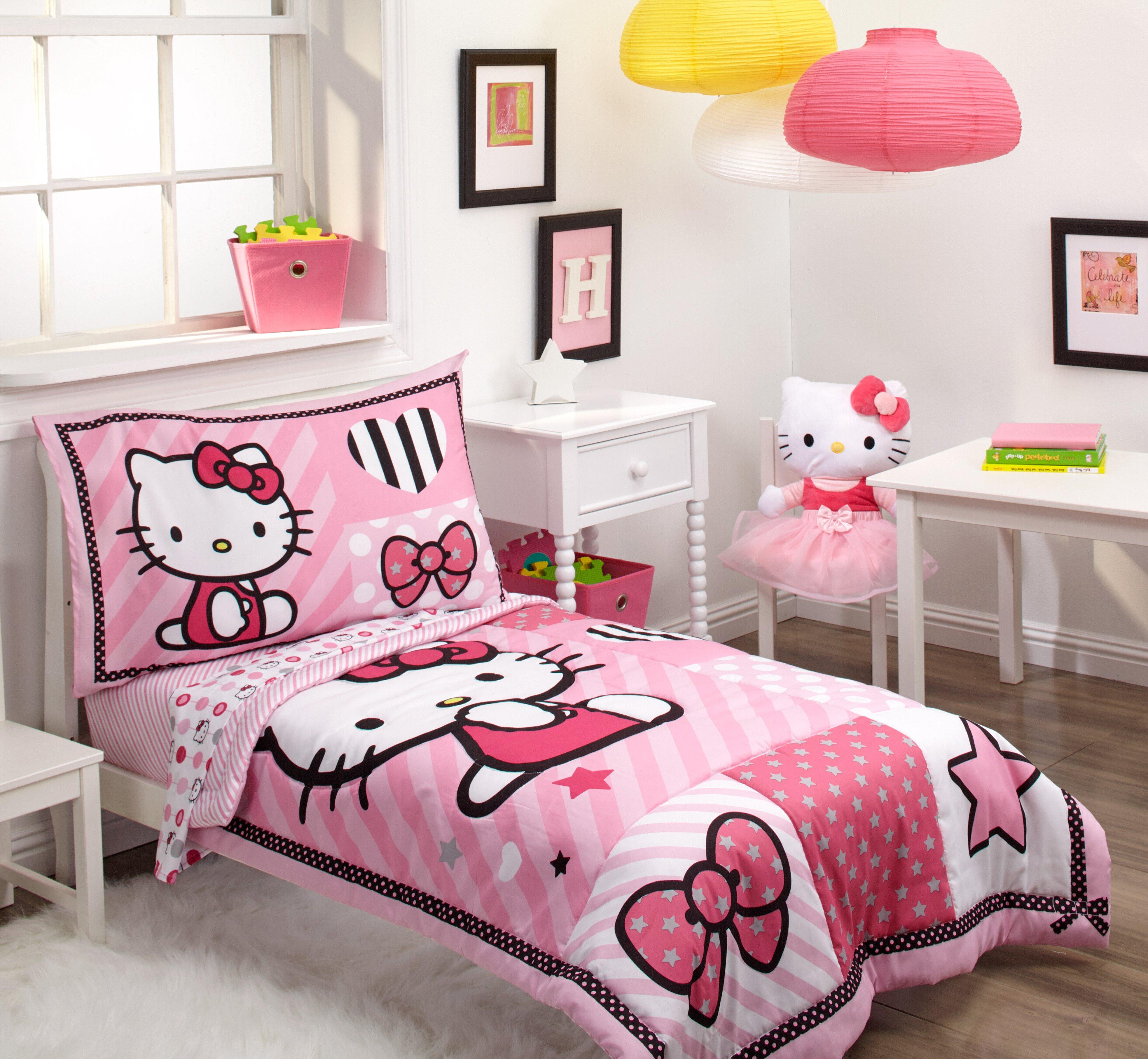 Super Sanrio Hello Kitty Sweetheart 4 Piece Toddler Bedding Set VM-29