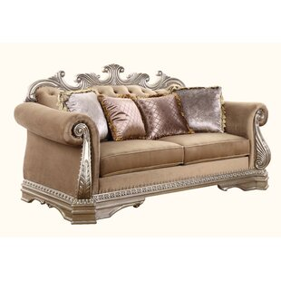 Prosper Loveseat w/4 Pillows