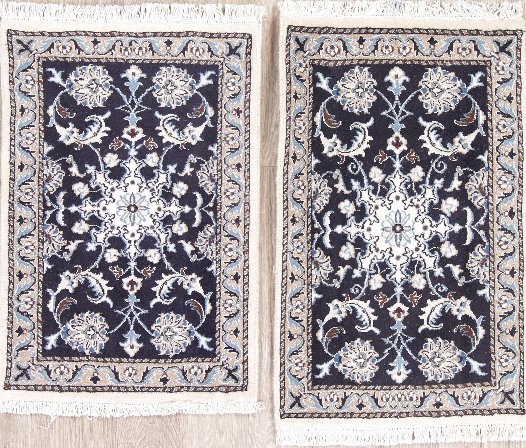 Worksop Pair Of Two Navy Blue Fl Nain Persian Style Wool Rug 3 0 X 1 10