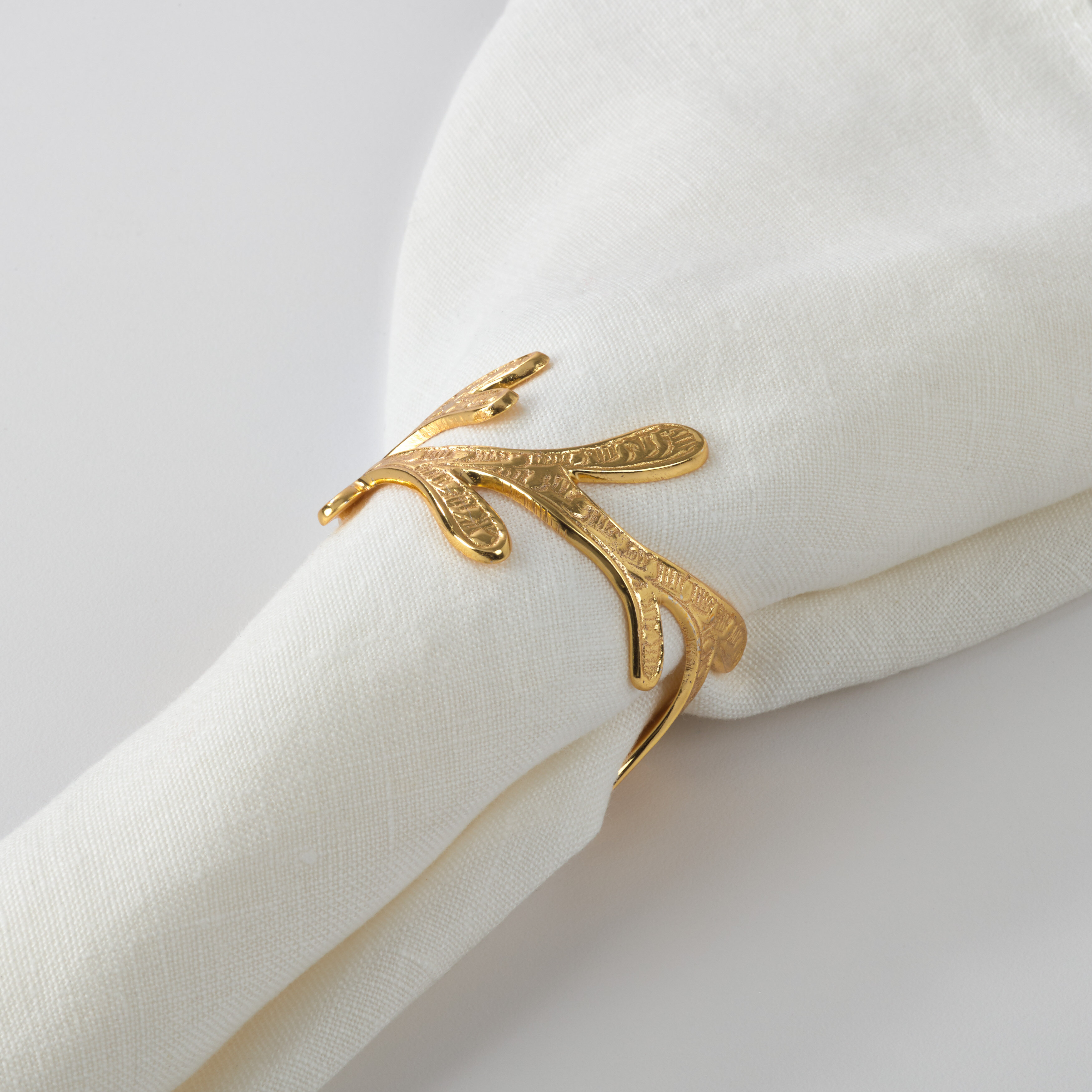 Set Of 12 Silver Rose Gold Napkin Rings Set Elegant Crown Napkin Holders For Wedding Party Dinner Table Decor Home Kitchen Tableware
