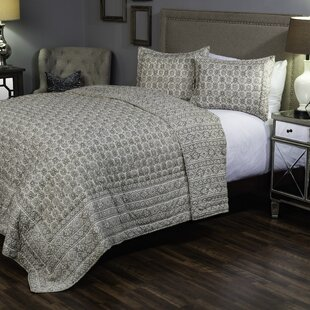 Darby Home Co Berrylawn Quilt