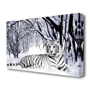 Garderobe Tiger im Schnee