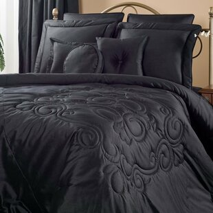 Medallion 4 Piece Comforter Set by Victor Mill