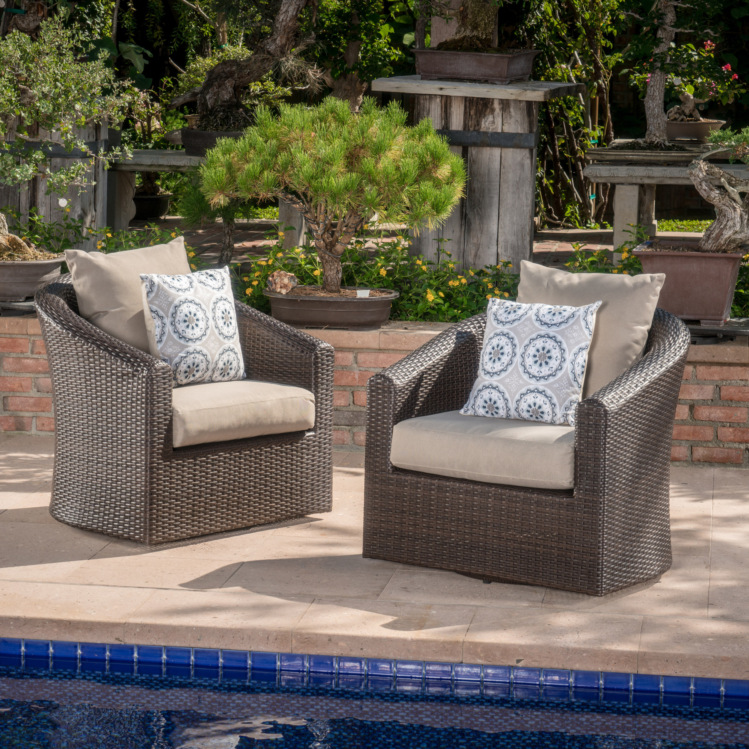 Red Barrel Studio Dierdre Outdoor Wicker Swivel Club Patio Chair With  Cushions | Wayfair