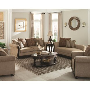 Desirat Loveseat
