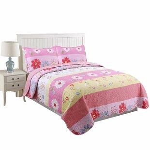 Lipan Floral Quilt Set