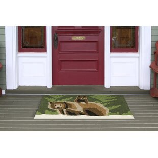 Folsom Bear Family Green Indoor/Outdoor Area Rug