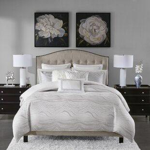 Madison Park Signature Hollywood Glam Jacquard Metallic Comforter Set
