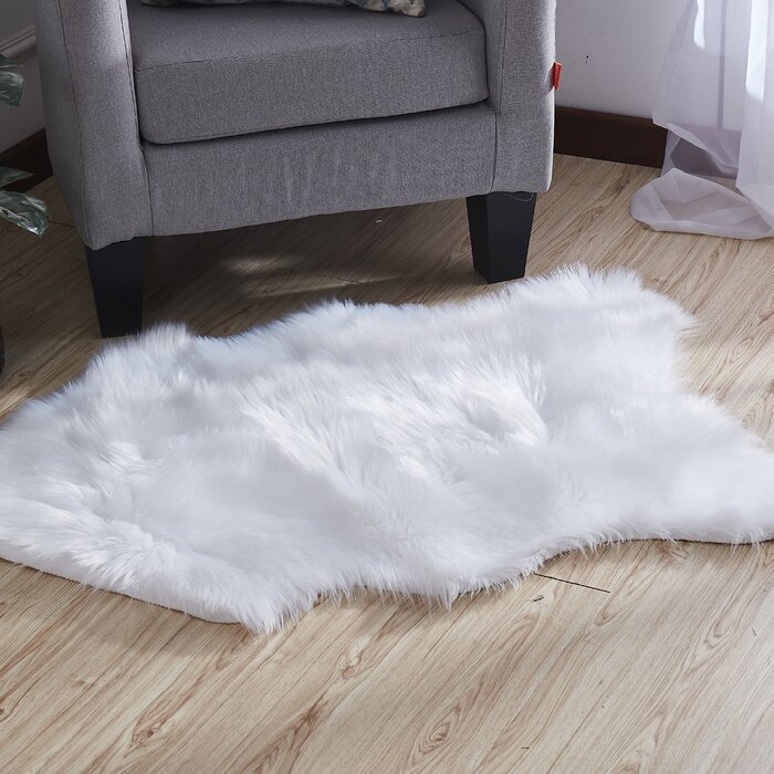 Harworth Luxury Hand Tufted Faux Fur White Area Rug