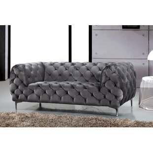 Kamden Chesterfield Loveseat