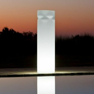Find Tower 1 Light Poolside or Floating Light By Smart & Green