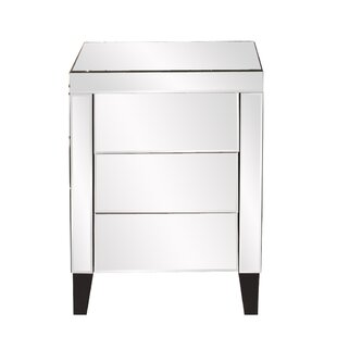 Rosdorf Park Osborn 3 Drawer Nightstand