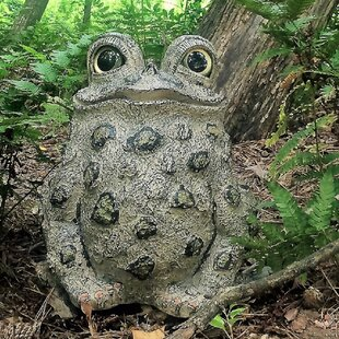 Perrault Toad Hollow Statue by Winston Porter