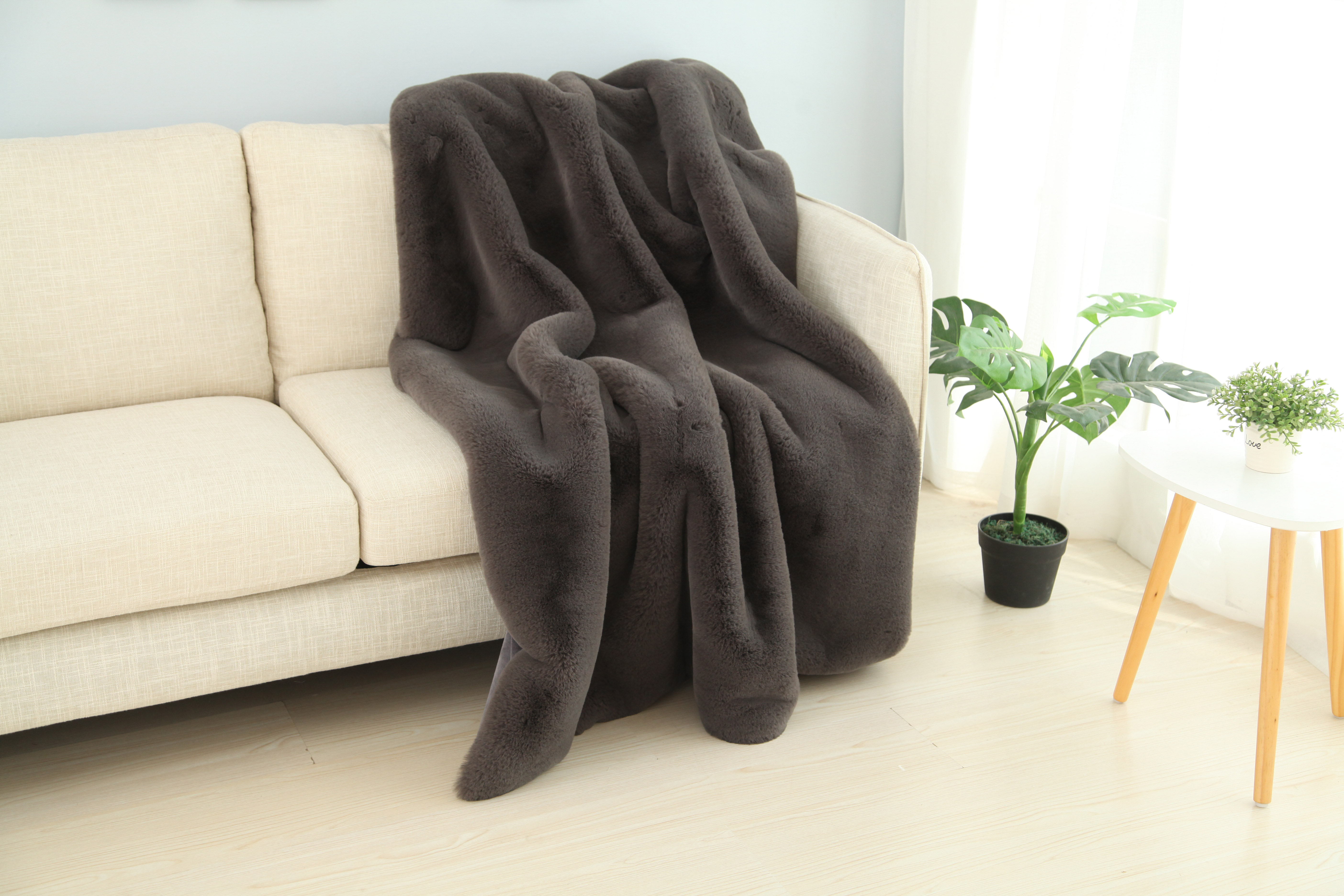 Indian/South Asian Afghans & Throw Blankets Pom Pom Solid Luxury ...