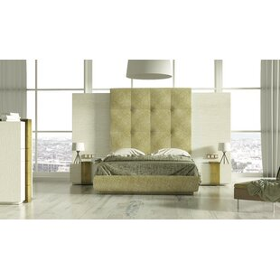 Rone Platform 3 Piece Bedroom Set