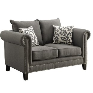 Wyncote Loveseat