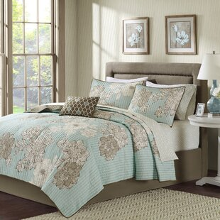 Nellie Complete Reversible Coverlet and Cotton Sheet Set