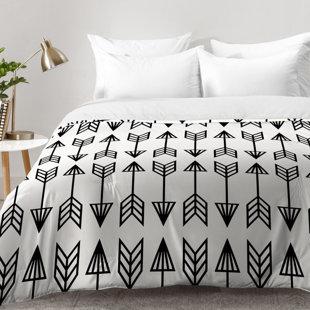 East Urban Home Arrows Comforter Set