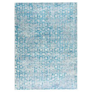 Tampa Hand-Woven Blue Area Rug