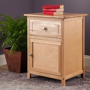 Gallinas 1 Drawer Nightstand by Beachcrest Home