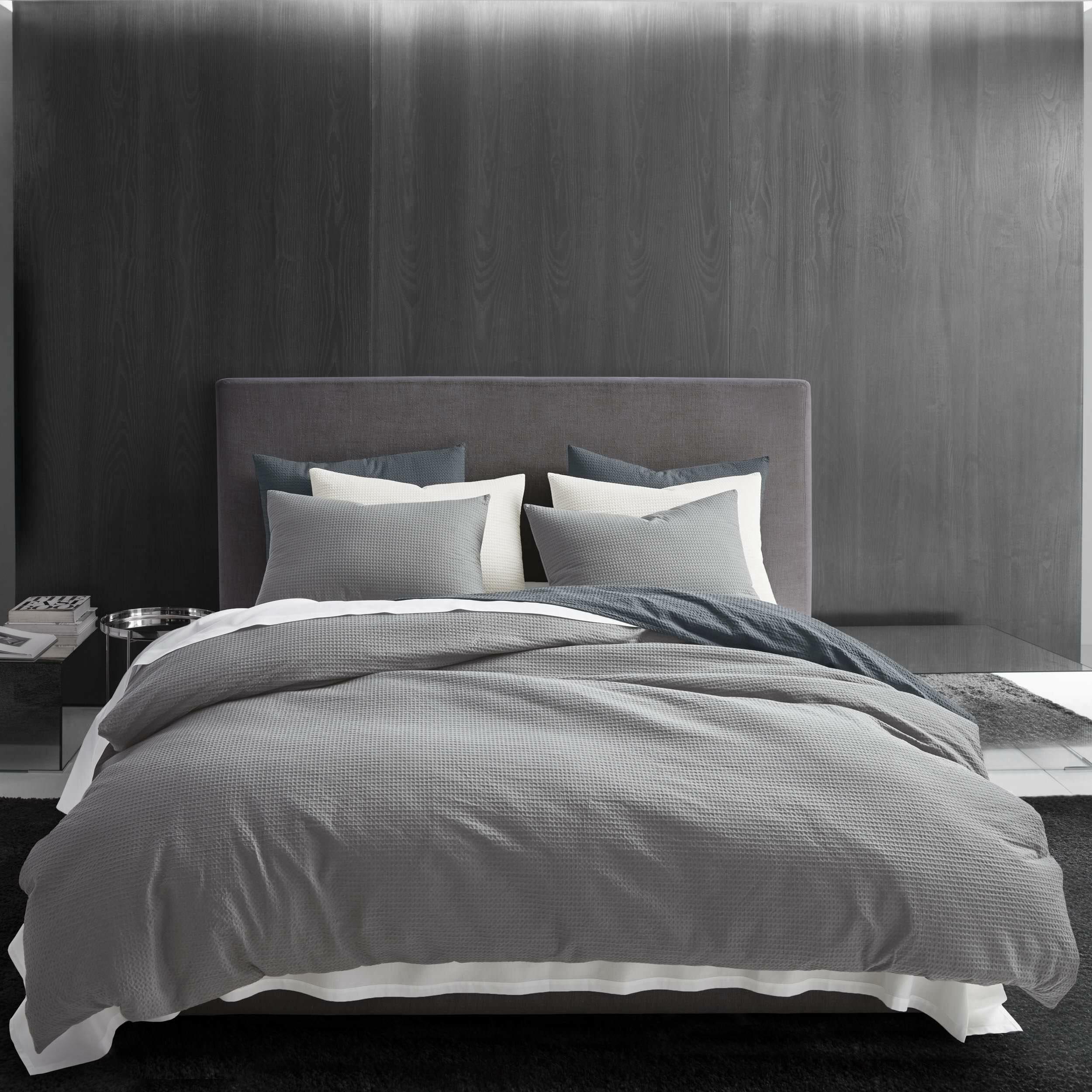 Cotton Rich Reversible Graduated Faded Design Plain Duvet Quilt Cover Bedding