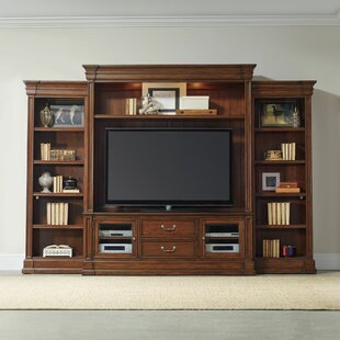 Hooker Furniture Clermont Entertainment C..