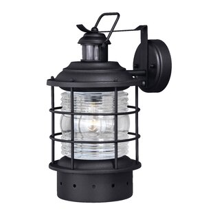Best Reviews Griffin Contemporary 1-Light Outdoor Wall Lantern By Longshore Tides