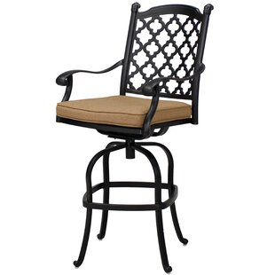Waconia Patio Swivel Bar Stool with Cushion (Set of 6) (Set of 6)